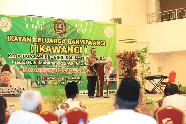 Walikota Tarakan, dr. H. Khairul M. Kes memberikan sambutan, Minggu (22/11). (foto: Humas Setda Tarakan)