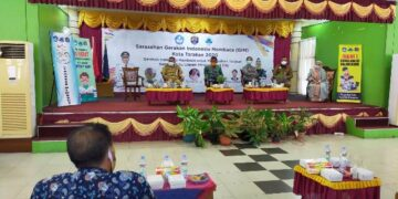 Wali Kota Tarakan dr. H. Khairul. M.Kes menjadi narasumber dalam Sarasehan Gerakan Indonesia Membaca (GIM) Tahun 2020 bertempat di Ruang Pertemuan SMP Negeri I Tarakan, (24/11/2020). (foto: jendelakaltara.co)