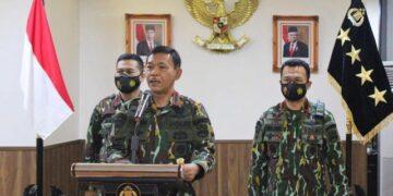 Kapolri Jenderal Idham Azis memberikan keterangan persnya, Sabtu (14/11). (foto: istimewa)