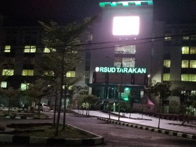 Manajemen RSUD Tarakan menutup sementara beberapa pelayanannya. (foto: jendelakaltara.co)