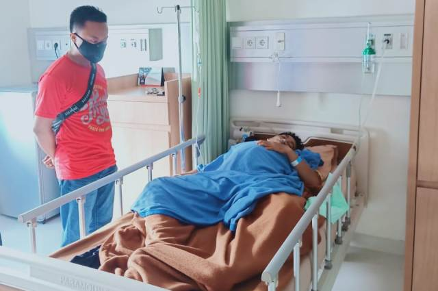 Korban SL dirawat di rumah sakit. (foto: istimewa)
