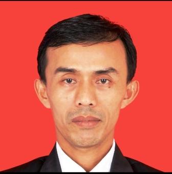 Kepala SMPN 1 Tarkan Tri Junarto,S.Pd, M.Pd. (foto: Istimewa)