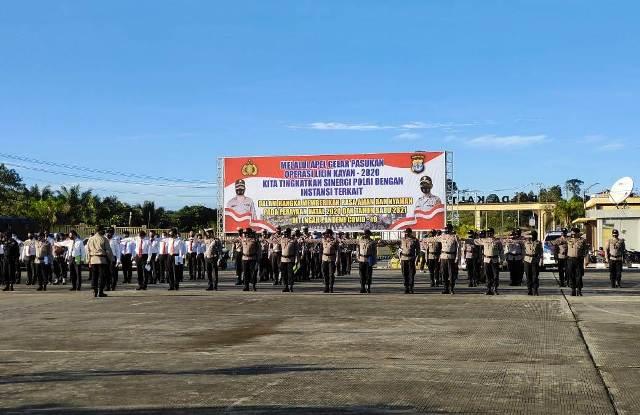 Apel gelar pasukan Operasi Lilin Kayan 2020 untuk pengamanan Natal dan Tahun Baru. (foto: Humas Polda Kaltara)
