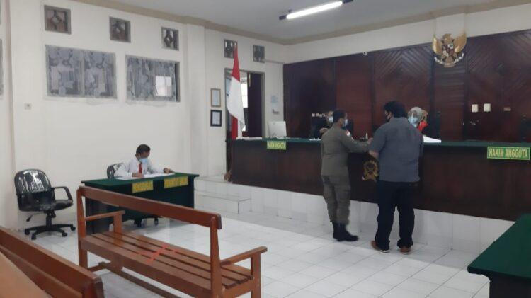 Sidang tipiring di PN Tarakan, Rabu (6/1/2020). (foto: Satpol PP Tarakan).
