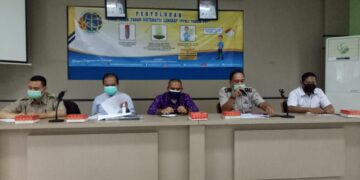 Narasumber pada kegiatan penyuluhan program PTSL tahun 2021 di ruang pertemuan Kantor Kecamatan Tarakan Tengah, Kamis (21/1/2021). (foto: jendelakaltara.co)