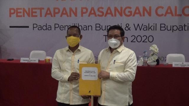 Syarwani (kiri) dan Ingkong Ala ditetapkan Bupati dan Wakil Bupati Bulungan terpilih. (foto: AG/jendelakaltara.co)