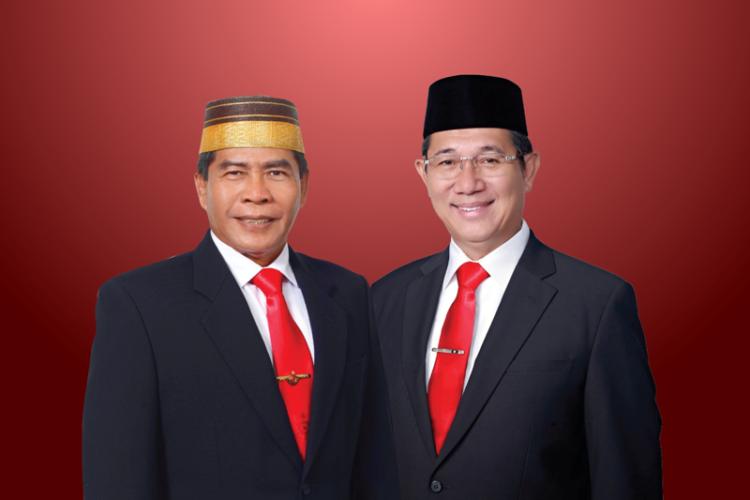 Gubernur Kaltara Drs. H. Zainal Arifin Paliwang SH M.Hum (kiri) dan Wakil Gubernur Kaltara Dr. Yansen TP M.Si. (foto: Istimewa)