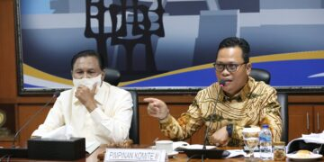 Wakil Ketua Komite II DPD-RI Hasan Basri (kanan) memimpin RDP dengan kementerian terkait dan pakar  membahas perubahan UU Nomor 16 Tahun 2006 tentang SP3K, Senin (15/3/2021). (foto: Tim HB)