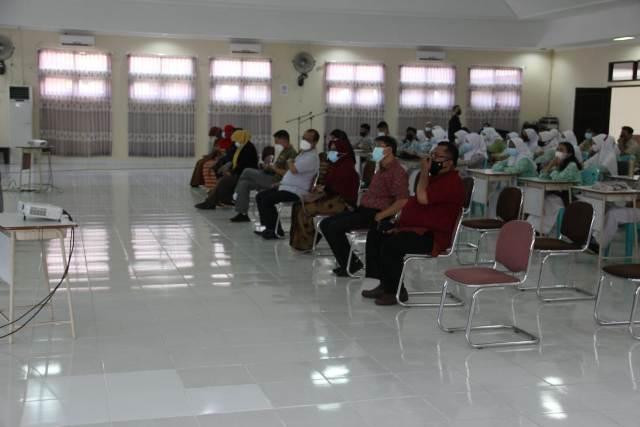 Pembukaan bimbingan belajar yang dilaksanakan di Auditorium SMAN 1 Tarakan, Minggu (14/3/2021). (foto: PT Medco Tarakan)