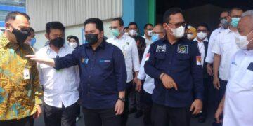Wakil Ketua Komite II DPD RI Hasan Basri menghadiri peluncuran ekspor hasil pertanian Indonesia ke 27 negara di Gresik, Jawa Timur, Jumat (12/3/2021). (foto: Tim HB)