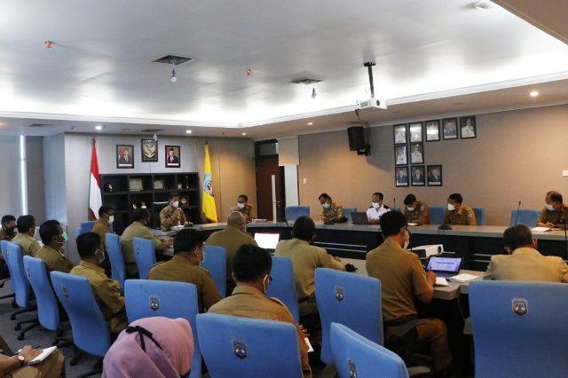 Rapat pembahasan RPJMD yang dipimpin Wakil Gubernur Kaltara Yansen TP di Ruang Rapat Lantai I Kantor Gubernur Kaltara, Selasa (2/3/2021). (foto: Diskominfo Provinsi Kaltara)