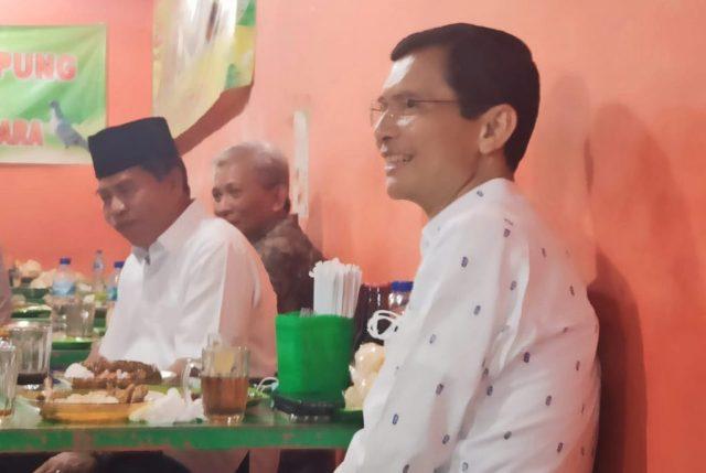 Gubernur Kaltara Zainal A. Paliwang bersama Prof. Hadi Pranoto, salah seorang tokoh nasional dari Jakarta saat berada di Kota Tarakan, Jumat (16/4/2021). (foto: Diskominfo Kaltara)
