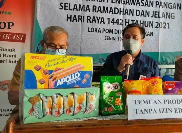 Beberapa produk tanpa izin edar asal Malaysia  yang diamankan Loka POM Tarakan. (foto: jendelakaltara.co)