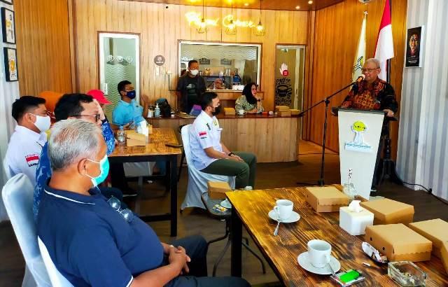 Wakil Wali Kota Tarakan Effendhi Djuprianto memaparkan potensi investasi di hadapan pengurus HIPMI Kaltara dan Tarakan, Minggu (23/5/2021). (foto: jendelakaltara.co)
