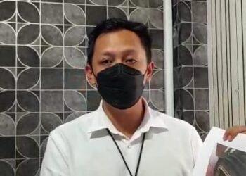 Kasat Reskrim Polres Tarakan Iptu Muhammad Aldi merilis hasil identifikasi jasad Mr. X, Senin (14/6/2021). (foto: Istimewa)